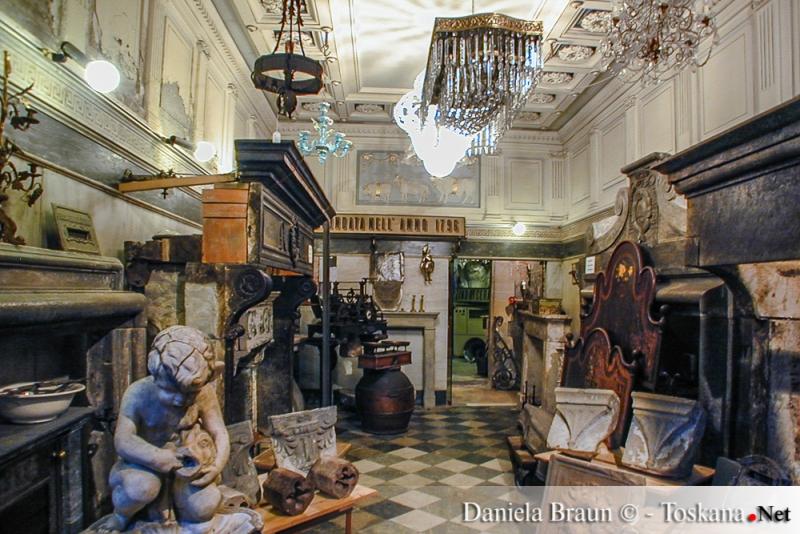 Antique Shop in Arezzo