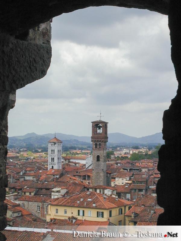 Vista sul centro storico di Lucca