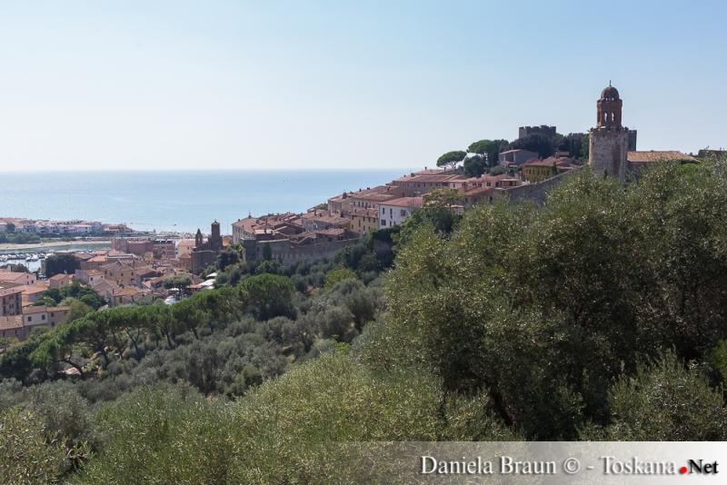 Castiglione della Pescaia - caratteristico borgo sul mare Maremma Toscana