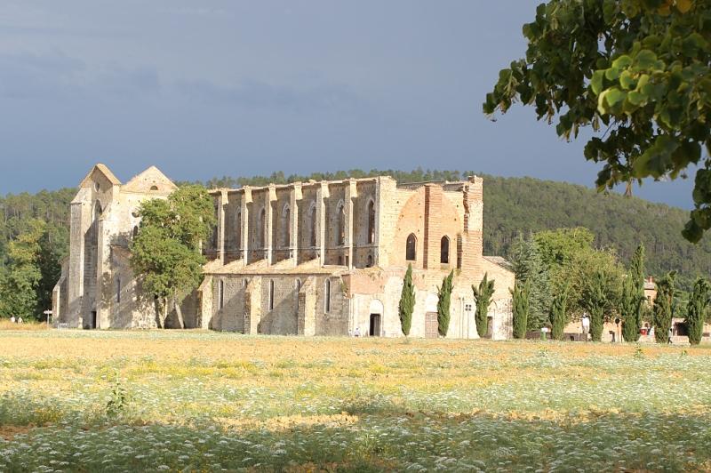 Blick Abbazia San Galgano Siena