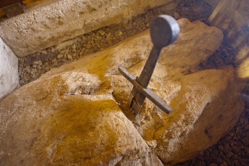 Montesiepi Siena - Spada nella roccia
