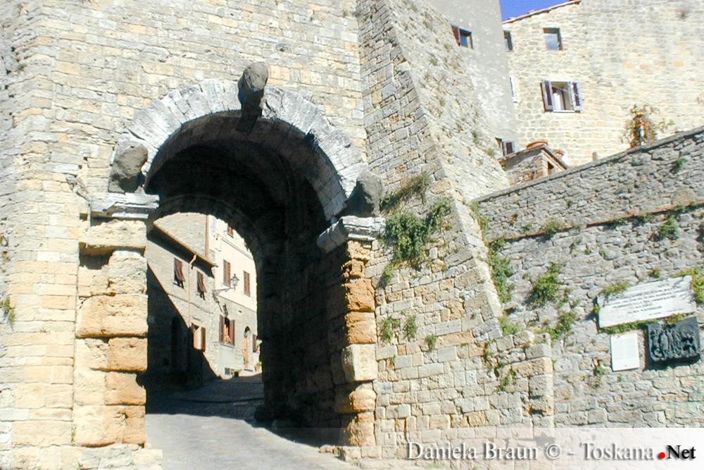 Stadttor von Volterra - Pisa Toskana