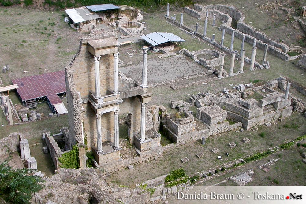 """Das römische Theater """"Teatro Romano"""" Volterra Toskana"""