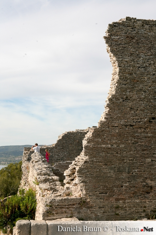 Die Ruinen der antiken römischen Stadt Cosa bei Ansedonia