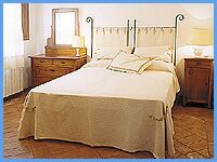Agriturismo Il Fondaccio - Holiday apartments on a Farm In Tuscany