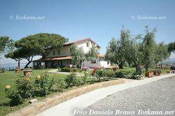 Podere La Collacchia - Appartamenti Vacanze con Piscina e vista mare Maremma Toscana