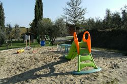 Farmstay with children's playground Tuscany